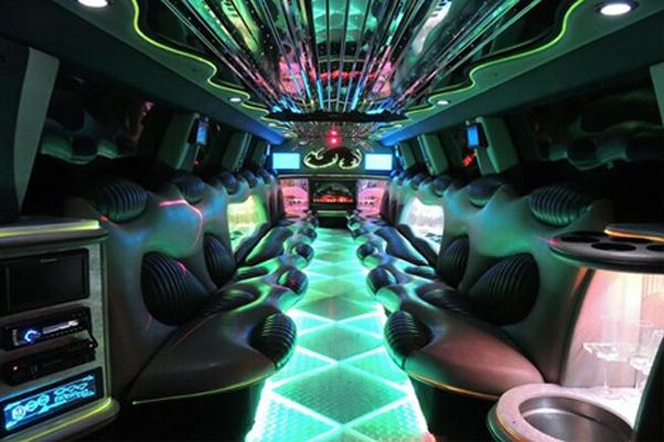 hummer limo rental Meriden
